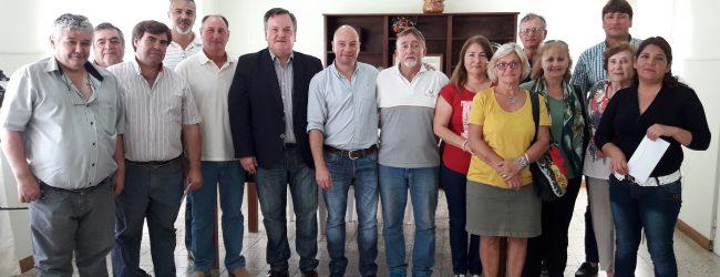 El Senador Michlig entregó aportes económicos a instituciones  de Hersilia por más de 240 mil pesos