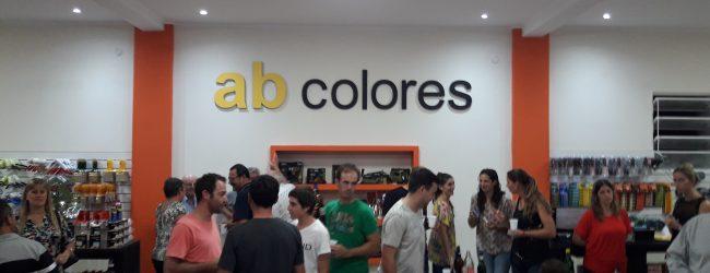 Inauguró su local AB COLORES