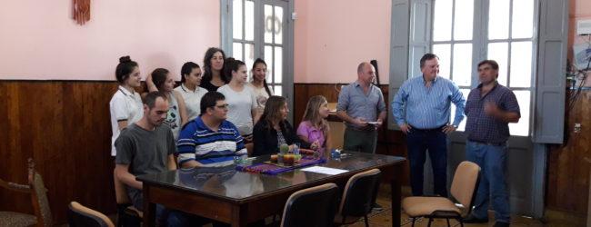 El Senador Michlig entregó aportes a instituciones de Hersilia