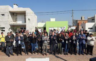 Crivelli, Michlig y Piumatti inauguraron 10 nuevas viviendas en Arrufó